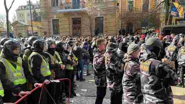 Поліція затримала підозрюваних в організації бійки з поліцією в Черкасах