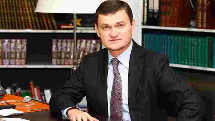 Екс-«регіонал» почав збирати підписи за відставку голови ВР Андрія Парубія