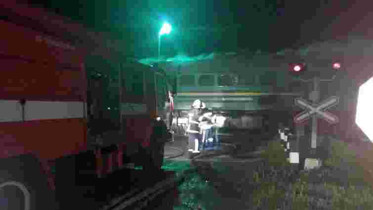 На Хмельниччині загорівся локомотив пасажирського потяга Чернівці–Київ
