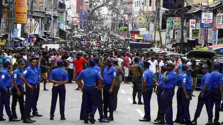 Влада Шрі-Ланки масово висилає з країни іноземців після нещодавніх терактів