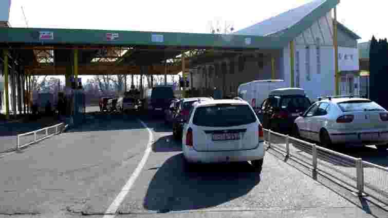 На українсько-угорському кордоні можливі черги через технічний збій системи