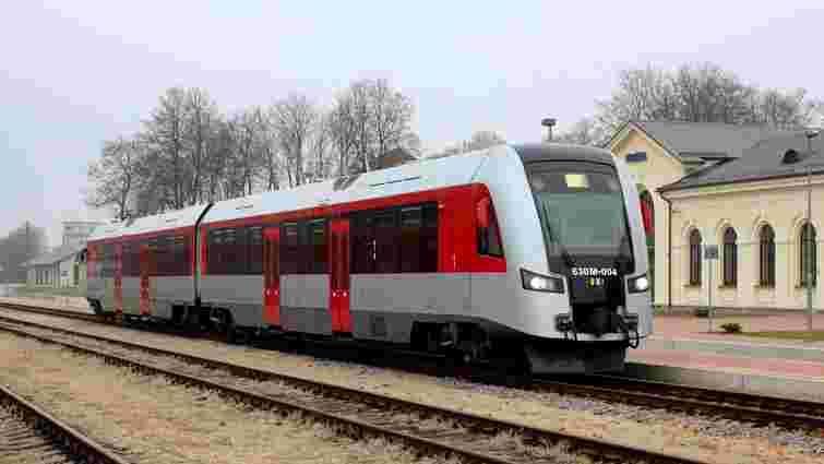 «Укрзалізниця» цьогоріч скасувала частину рейсів до польського Холма через ремонт колій