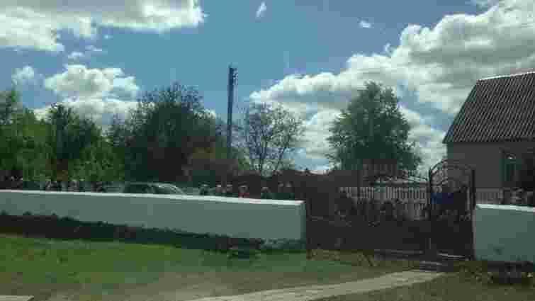 На Рівненщині обурені парафіяни ПЦУ зачинили у церкві священика УПЦ МП