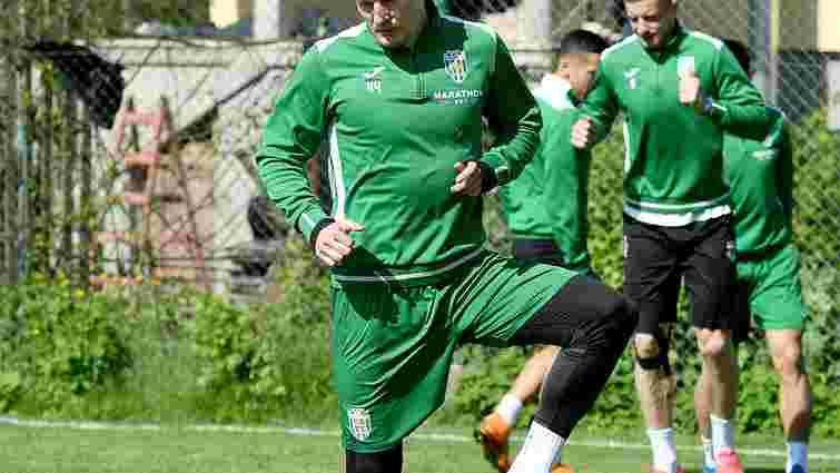 Львівські «Карпати» повернули до основи двох гравців