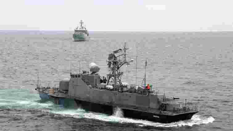 Український ракетний катер провів тренування в Чорному морі з британським кораблем