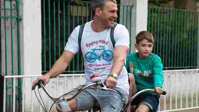 У Львові відбудеться благодійний велопробіг зі співаком Арсеном Мірзояном