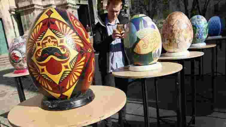 Під час Фестивалю писанок зібрали понад 50 тис. грн на облаштування операційної ОХМАТДИТу