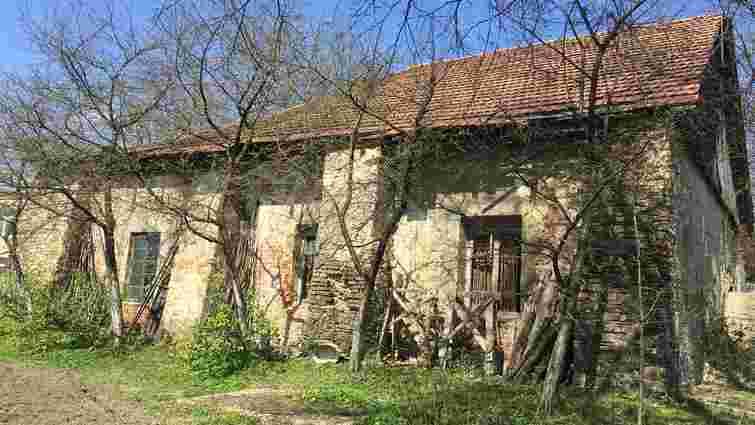 У Добромилі взялися за реставрацію арсеналу XVI століття, в якому влаштують музей