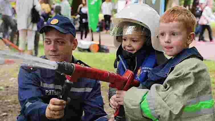 Дітей зі Львова запрошують на вихідних у парк Франка на «Місто професій»