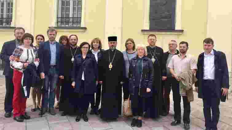 УГКЦ проведе освітні семінари для духовенства через знищення розписів у церкві Славського