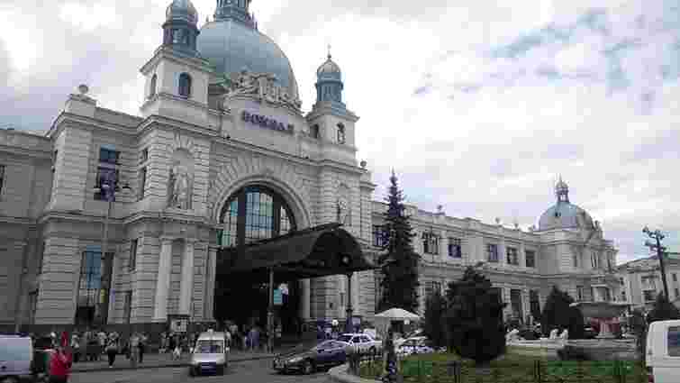 Українськими залізничними вокзалами невдовзі керуватиме окрема компанія