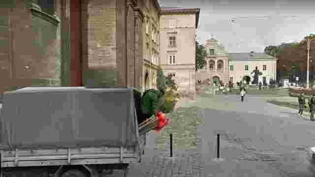 У Львові приватний підприємець намагався викрасти стовпці для обмеження заїзду транспорту