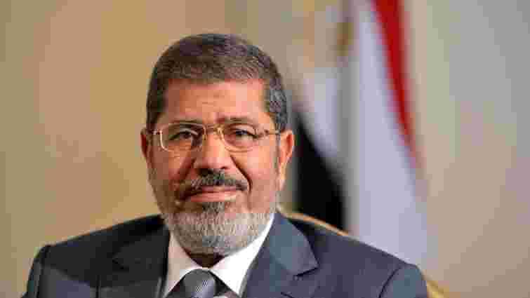 Екс-президент Єгипту Мухаммед Мурсі знепритомнів на суді й помер