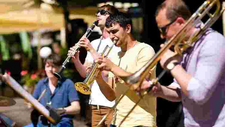 Фестиваль вуличної музики по всьому Львову. Карта, виконавці, програма
