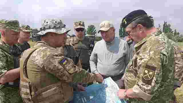 Леонід Кучма проінспектував розведення сил біля Станиці Луганської
