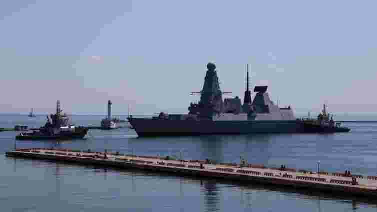 В Одеський порт увійшли чотири кораблі НАТО