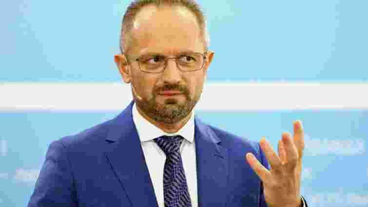 Президент повернув Романа Безсмертного в мінську підгрупу з питань Донбасу