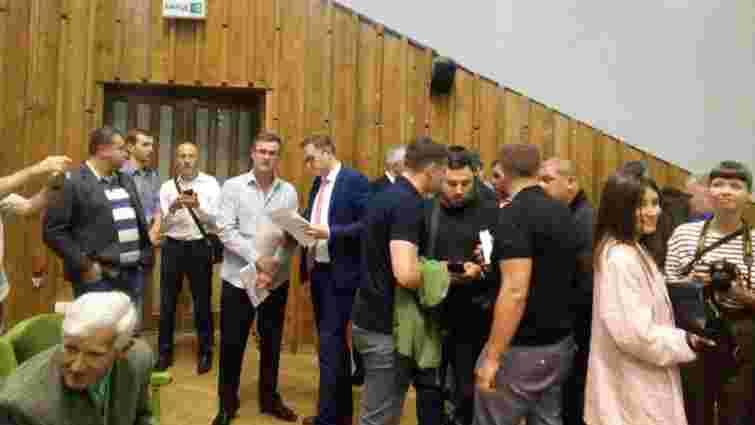 На першій зустрічі Мальського із активістами шукали агентів ФСБ