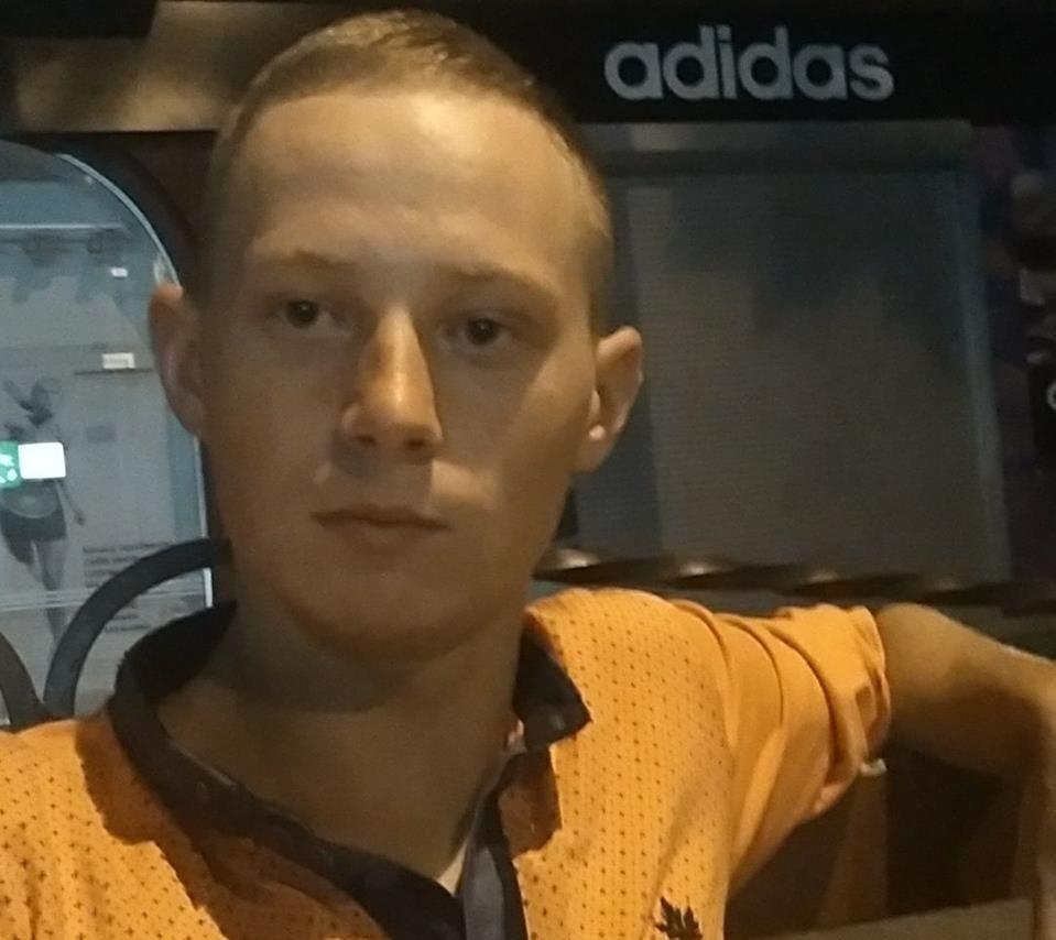 Антон Фака