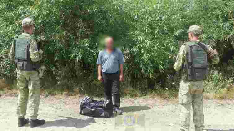 На Львівщині за спробу нелегального перетину кордону з Польщею затримали 39-річного турка