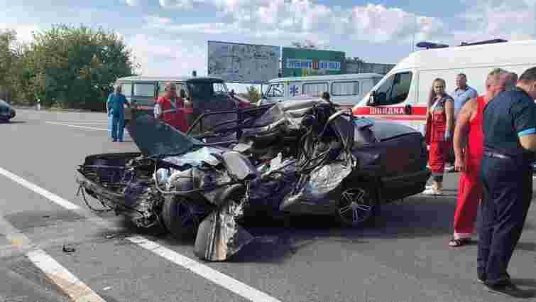 Четверо людей загинули в ДТП на трасі в Одеській області