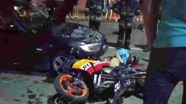 У Червонограді внаслідок зіткнення з двома автомобілями загинув 32-річний мотоцикліст