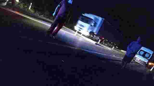 Цієї ночі на дорогах Львівщини загинули двоє пішоходів