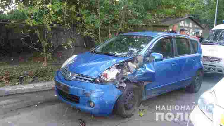 У Києві п'яний автослюсар викрав відремонтований автомобіль і потрапив у ДТП