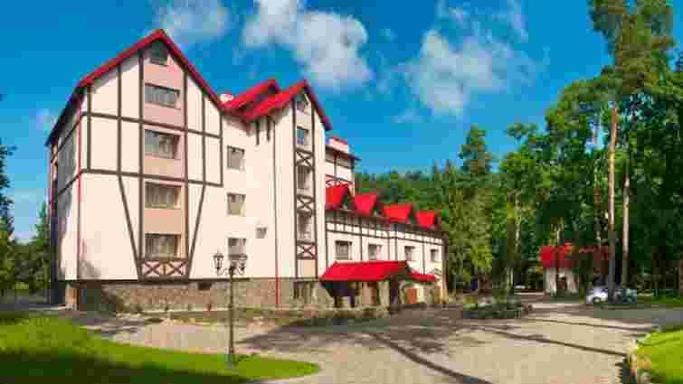 50-річний львів'янин загинув внаслідок падіння з шостого поверху готелю