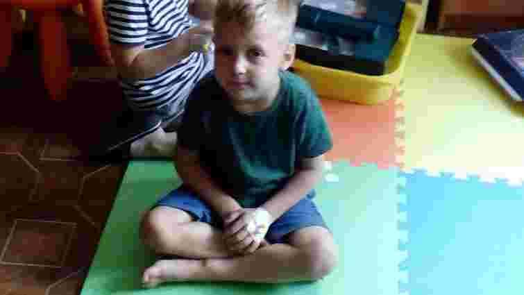 У 4-річного хлопчика з Новояворівська лікарі видалили рідкісний поліп