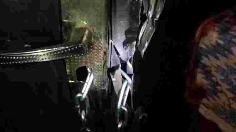 Львівські патрульні затримали квартирного злодія на місці злочину
