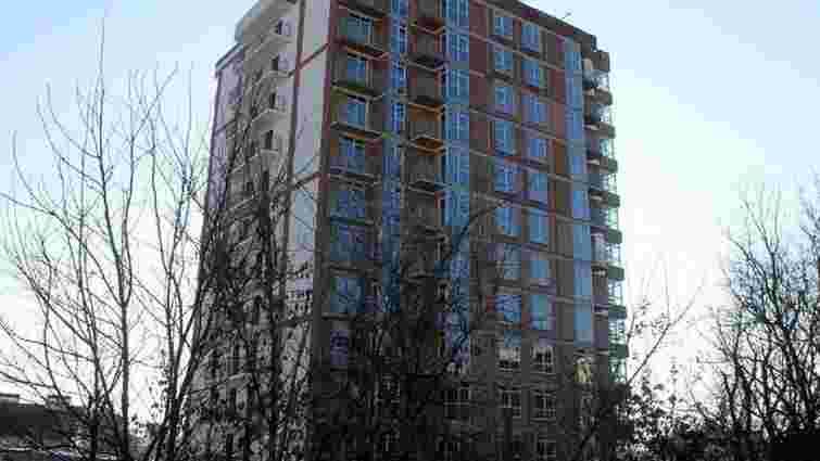 Суд зобов'язав 49-річну львів'янку знести 8 поверхів скандального ЖК «Форест Хілл»