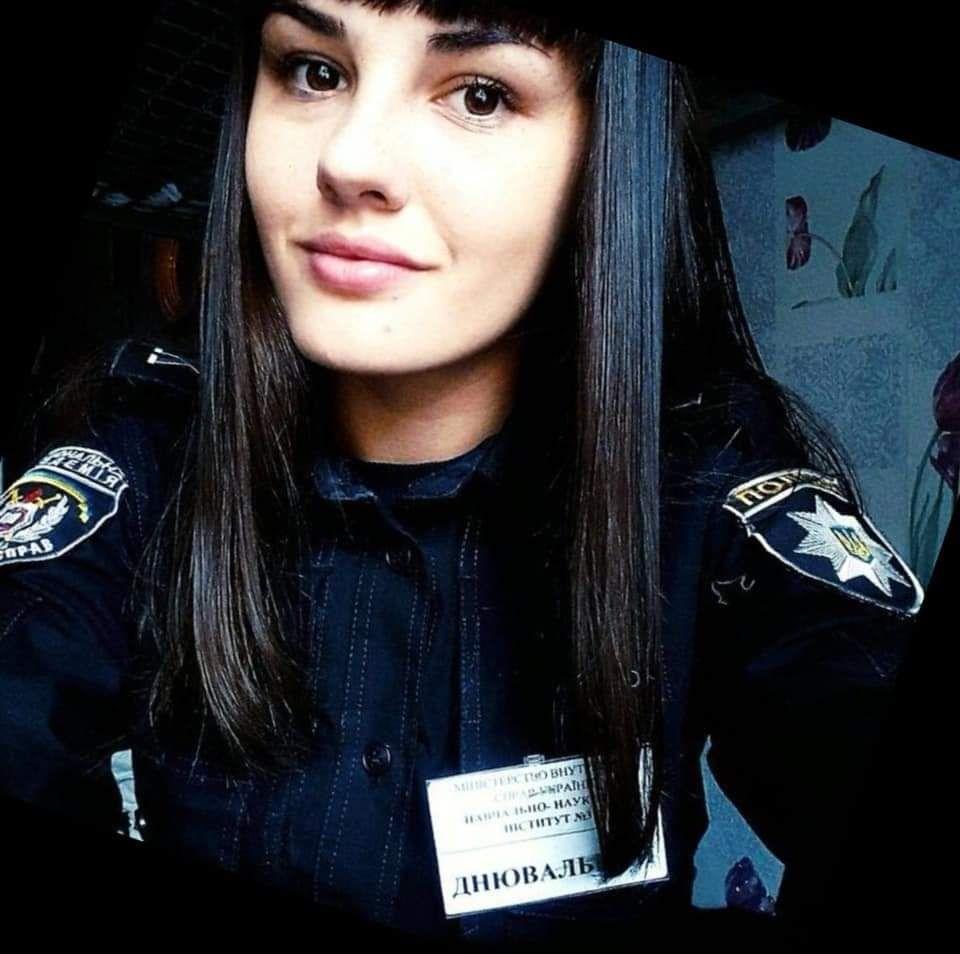 19-річна Карина Щербініна – чемпіонка з дзюдо у надлегкій вазі, фото патрульної поліції Дніпропетровської області