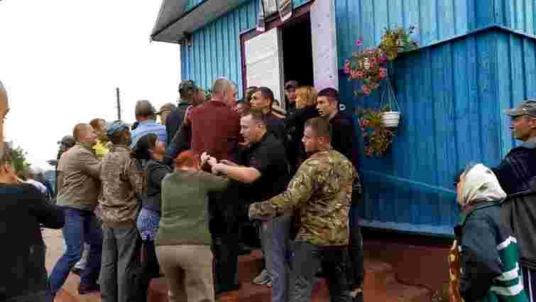 В селі на Рівненщині конфлікт за церкву закінчився бійкою з багатьма постраждалими