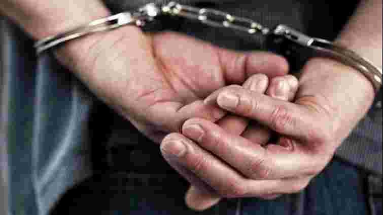 У Бориславі неповнолітній намагався пограбувати 7-річну дитину