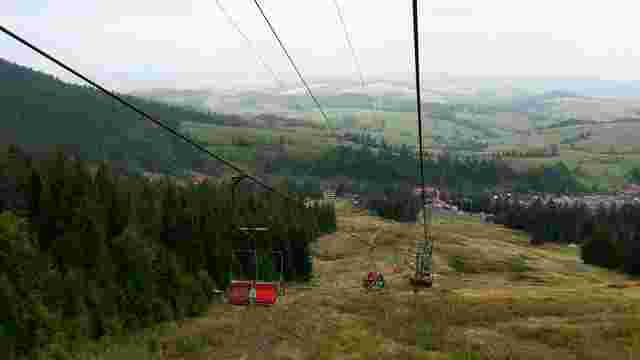Зеленський закликав іноземців інвестувати у нові гірськолижні курорти Славського та Боржави