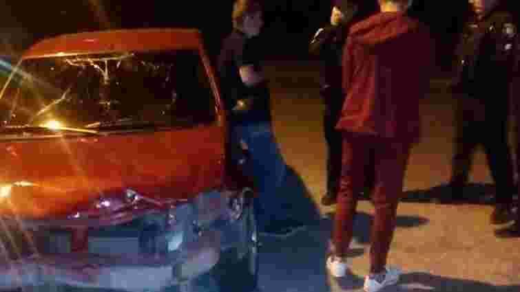 У Львові поліцейські охорони виявили п'яного водія, який вчинив ДТП та втік із місця події