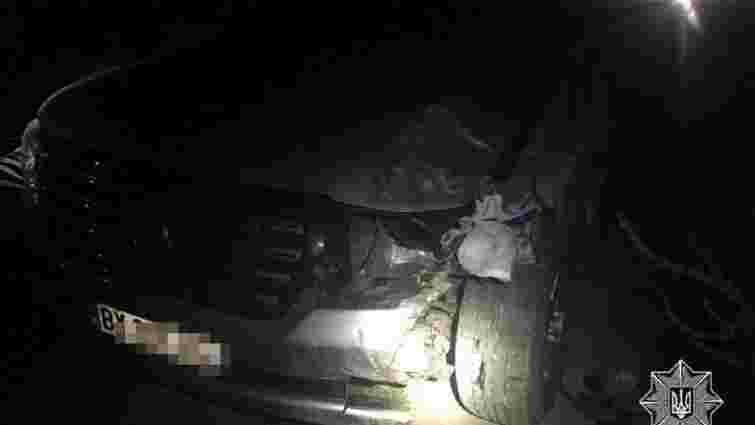 Мешканець Львівщини втікав від поліції на краденому позашляховику Toyota Land Cruiser