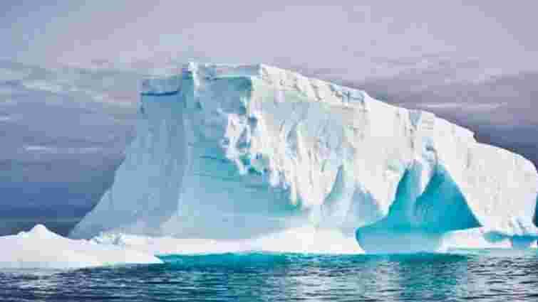 Від Антарктиди відколовся найбільший за останні 50 років айсберг