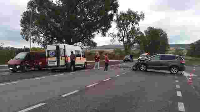 Внаслідок ДТП у Золочівському районі травмувалися п'ятеро осіб