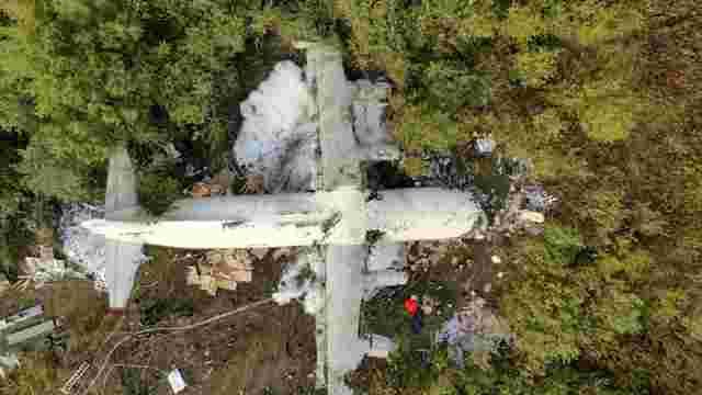 Після падіння літака під Львовом авіакомпанії «Україна Аероальянс» заборонили польоти