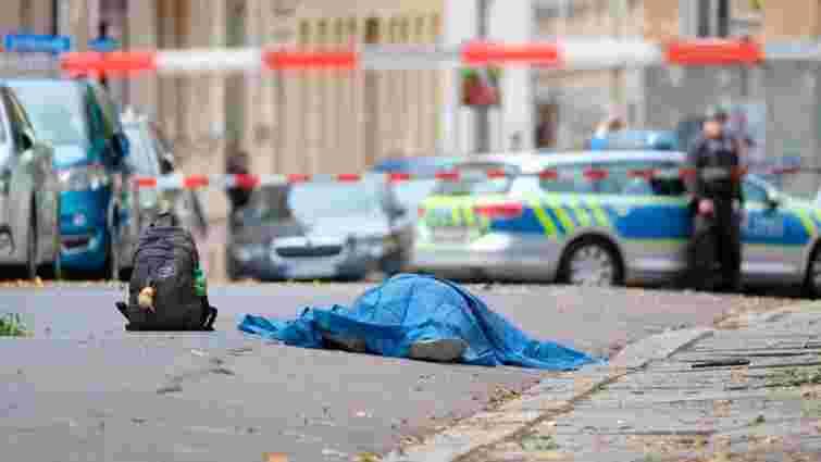 У Німеччині в день Йом-Кіпур невідомий розстріляв двох людей біля синагоги
