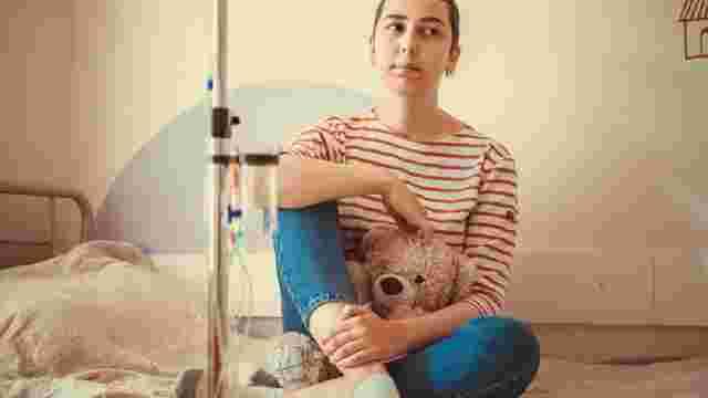 На Львівщині шукають волонтерів для порятунку важкохворої  17-річної Вікторії Кузь