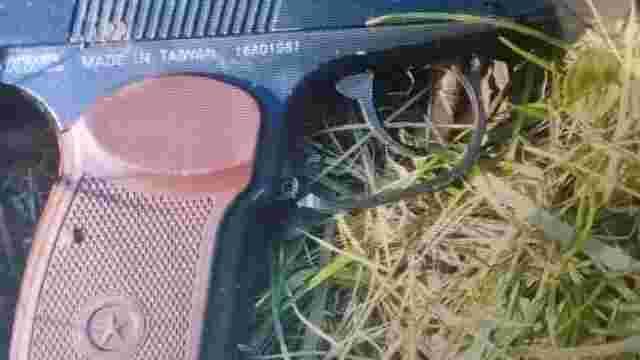 П'яний львів'янин погрожував продавчині квітів пістолетом