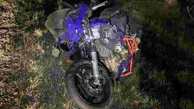 На трасі Київ-Чоп у ДТП постраждали водій та пасажирка мотоцикла