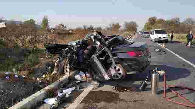 Фура розчавила легковик на трасі Львів-Тернопіль, 24-річний водій загинув