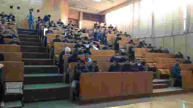 Ужгородські медики діагностували дифтерію у 15 студентів-індусів