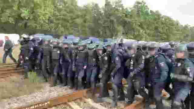 Львівських поліцейських почали перевіряти через розгін людей у Соснівці