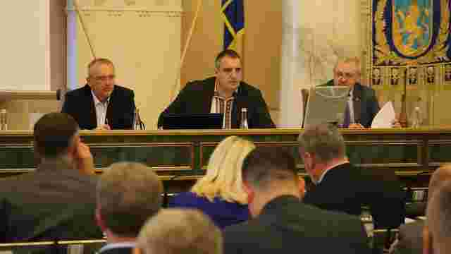 Львівська облрада вирішила провести об'єднання громад по-своєму і готує план
