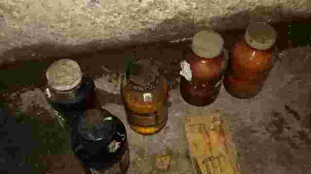 У Львові викинуті у смітник хімікати спричинили задимлення сміттєвоза